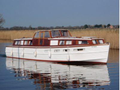 Martham Boats Cruiser