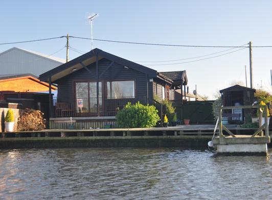 Moonshine Lodge Brundall
