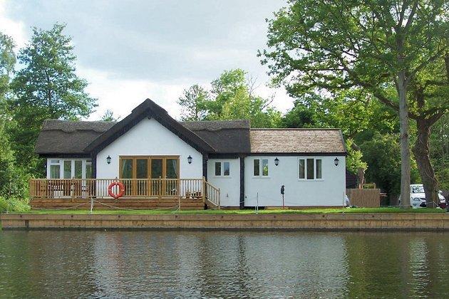 Waterside Breaks Wroxham