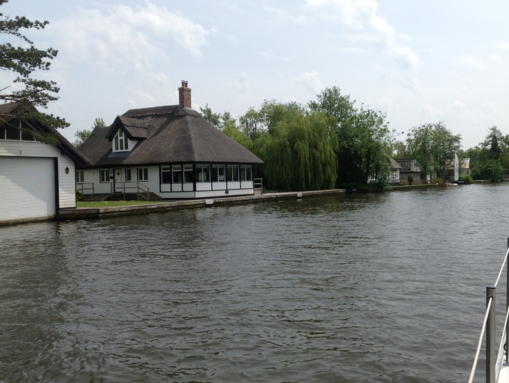 Horning Homes on the River