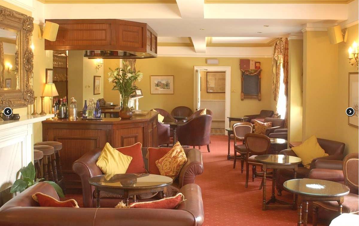 Beechwood Hotel Bar
