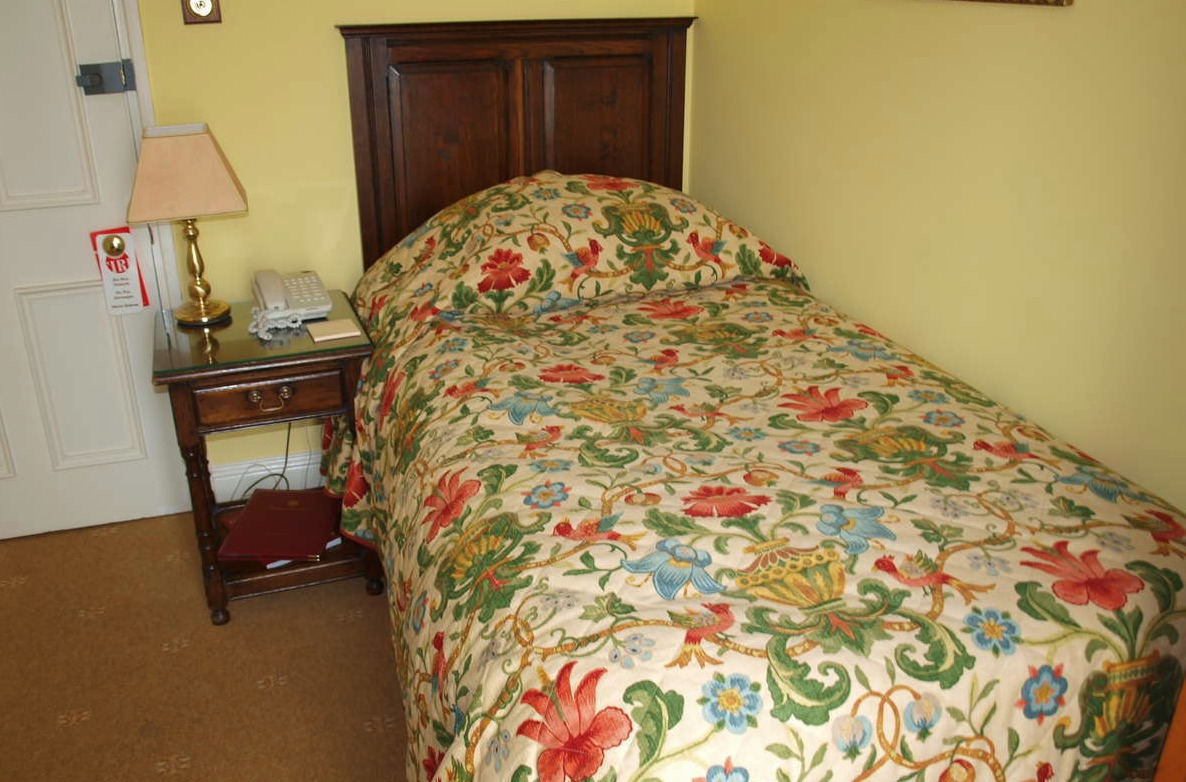 Beechwood Hotel bedroom