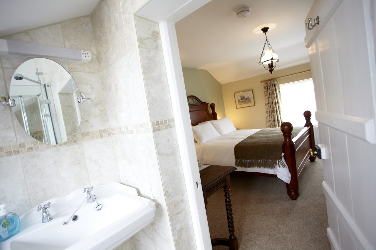 Double en-suite bedroom