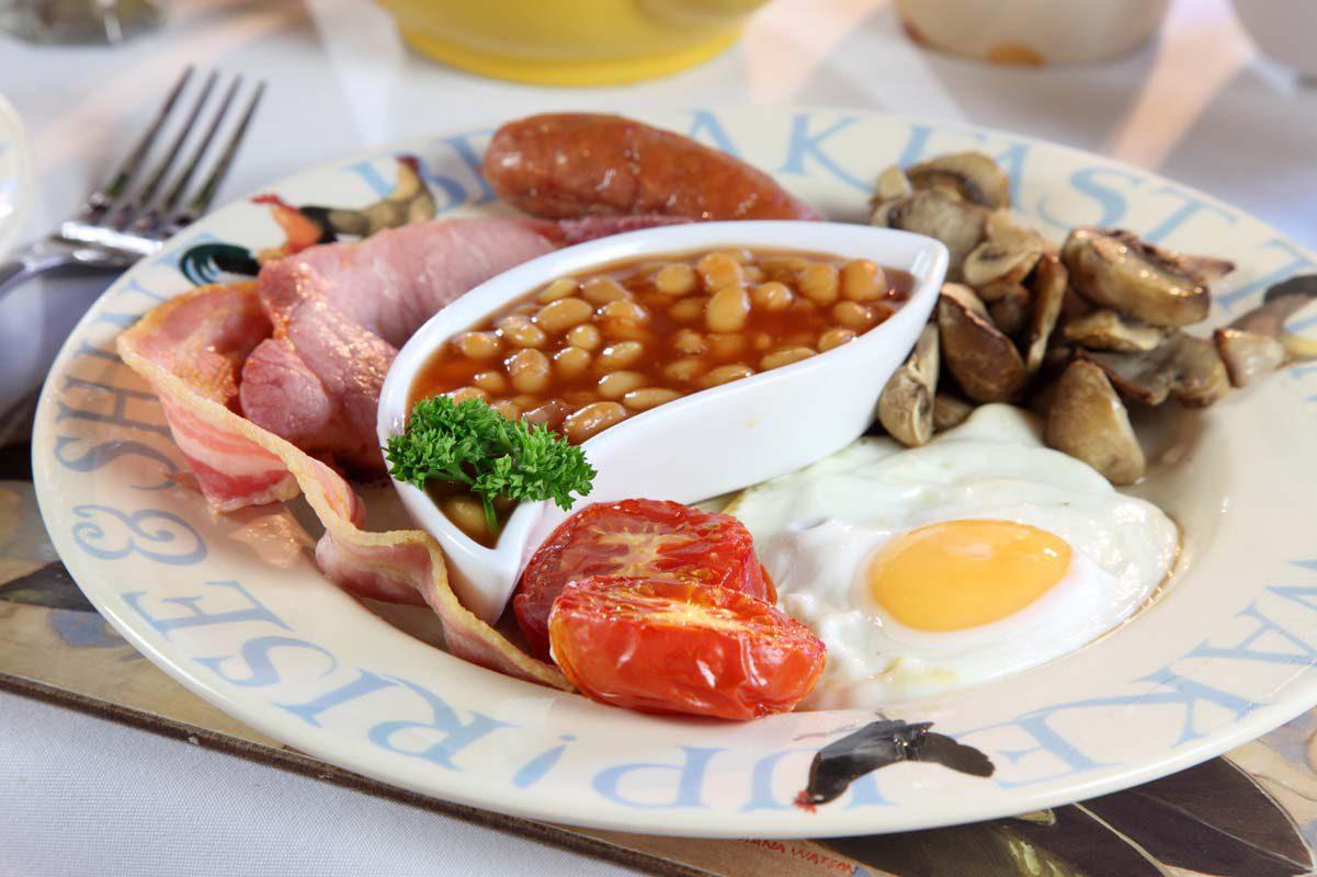 Breakfast at Dairy Barns