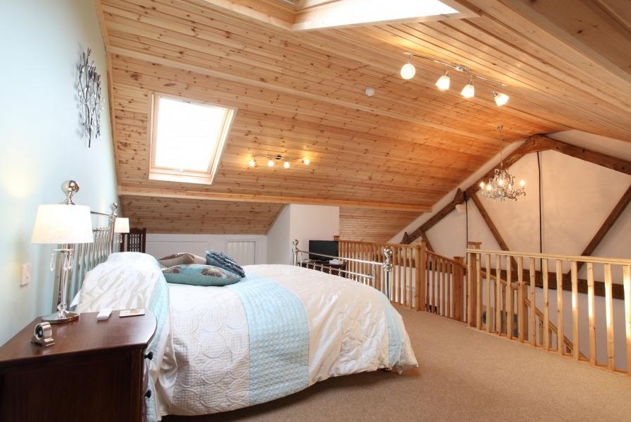 Messanine Bedroom in Dairy Barns