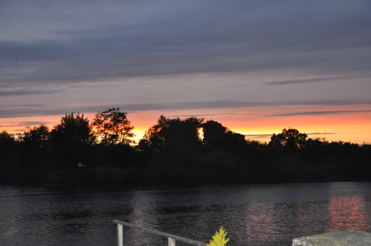 Sunset over the river at Brundall