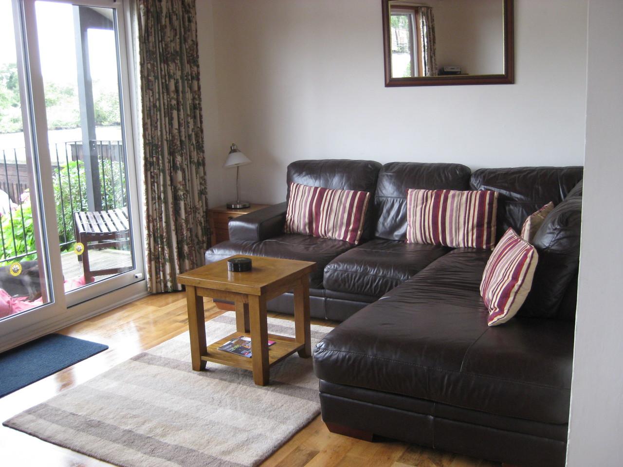 Lounge at Moonshine Lodge Brundall