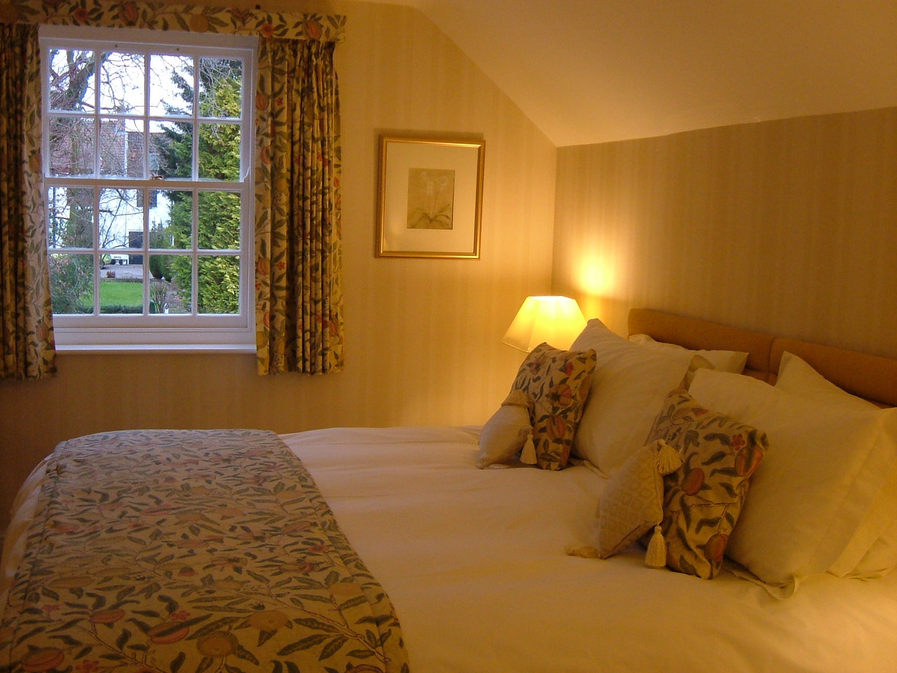 Salisbury bedroom