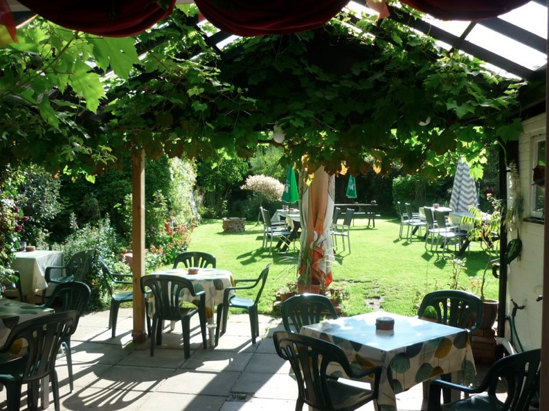 Beautiful garden at the Greyhound Inn in Hickling on the Norfolk Broads