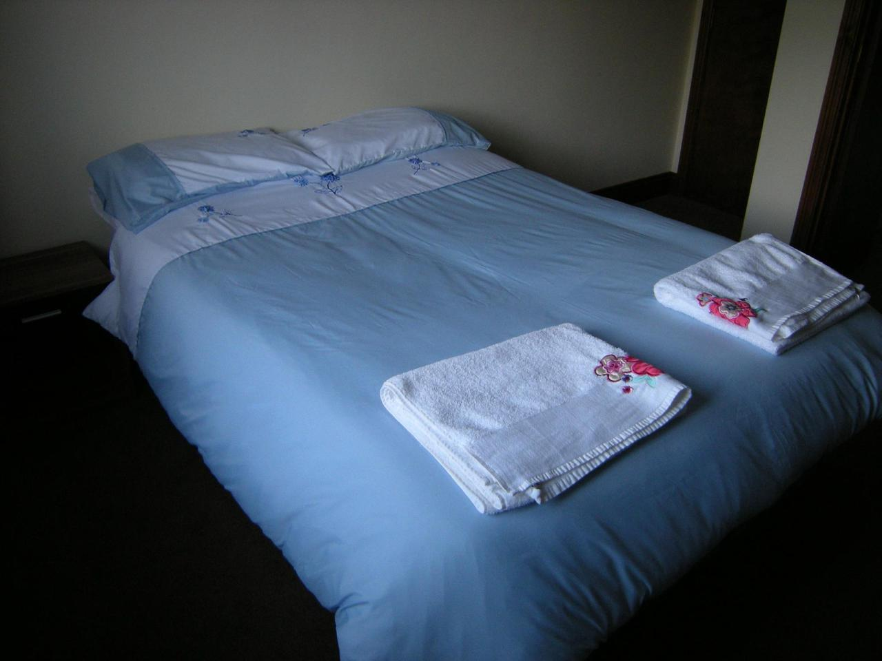Double Bedroom at The Lion Inn West Somerton