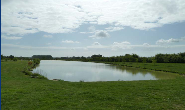 Topcroft Lakes near Bungay on the broads