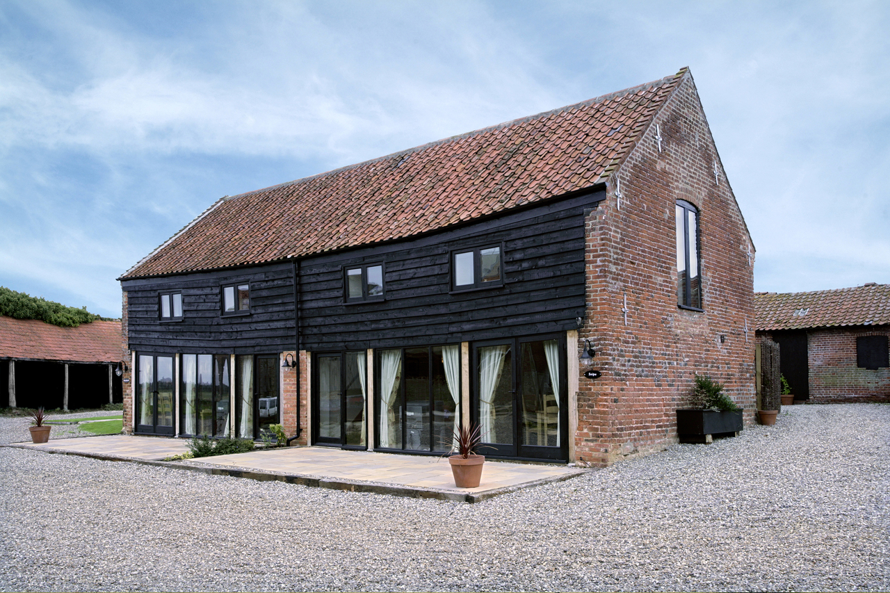 Self Catering at Wheatacre Hall Barns