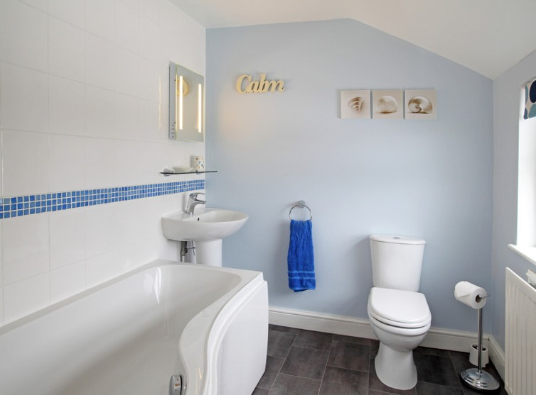 Bathroom in Willow Farm Cottage
