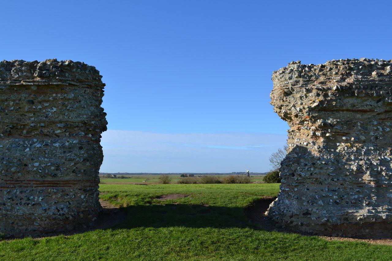 Burgh Castle13