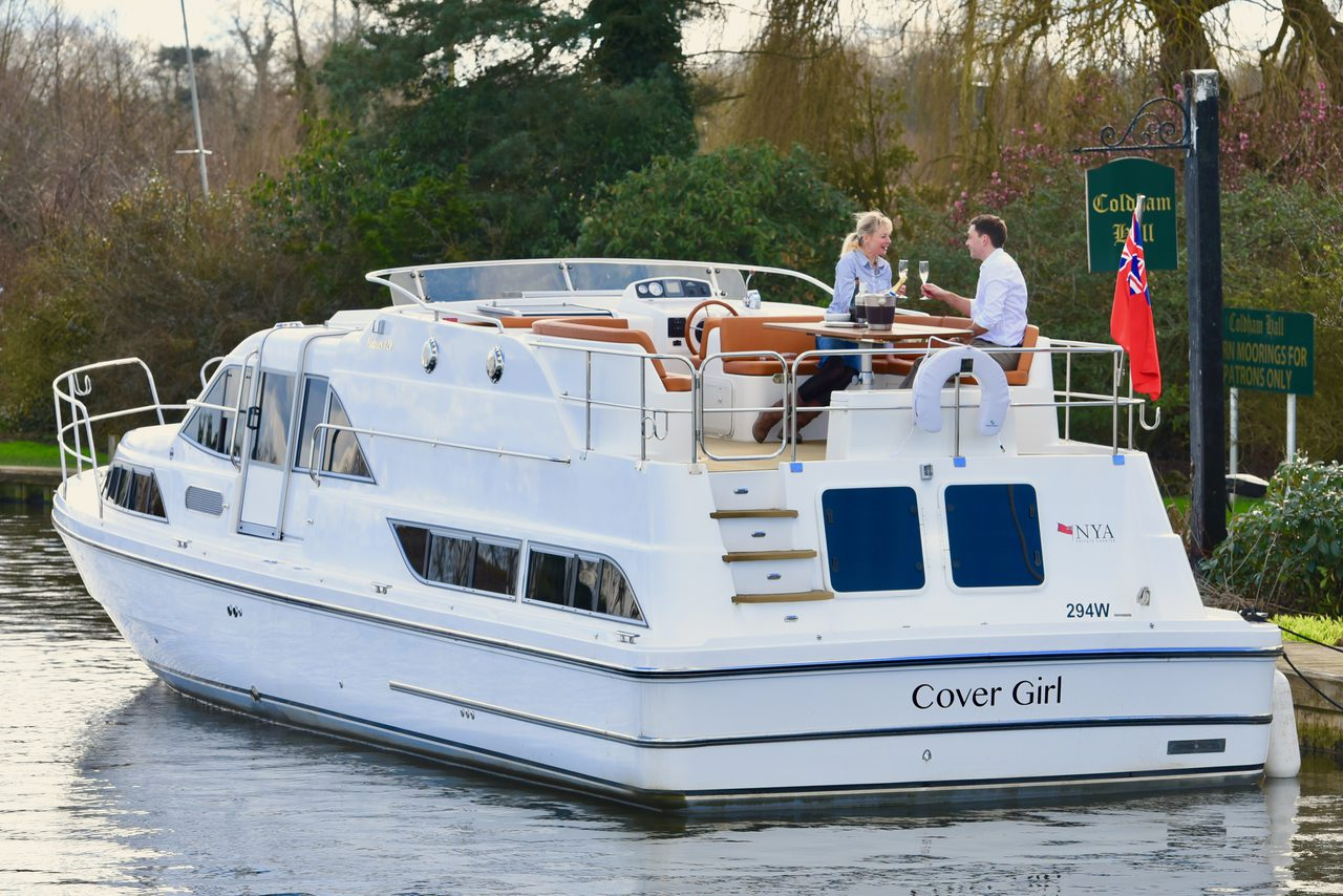 Stern View Of Cover Girl