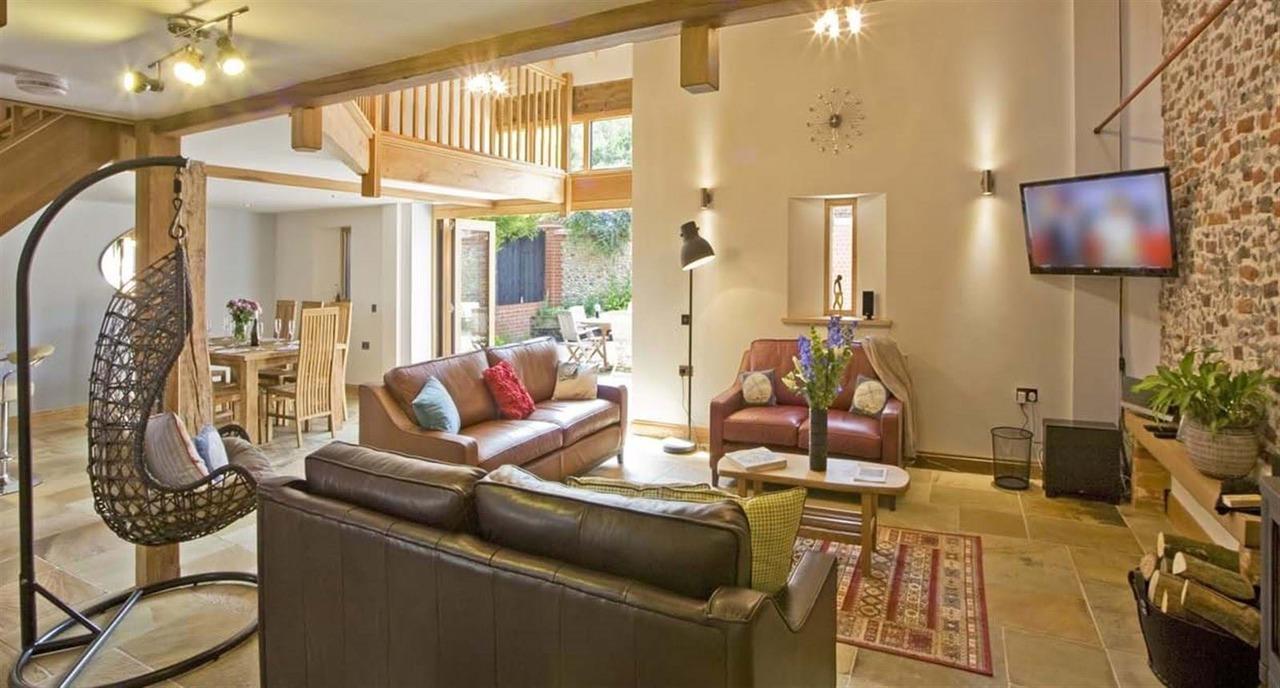Living Area Dn Terrace