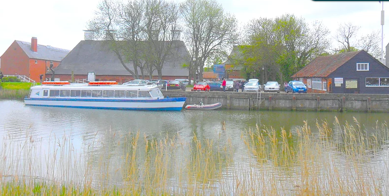 River Tours From Oulton Broad