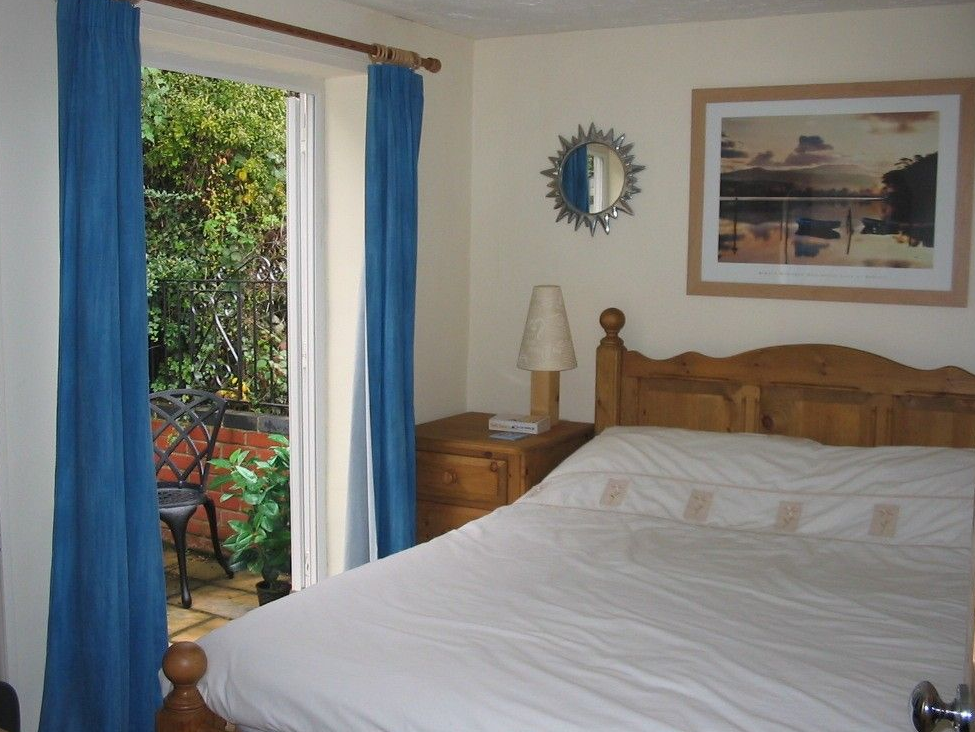 Seymour Cottage Double Bedroom