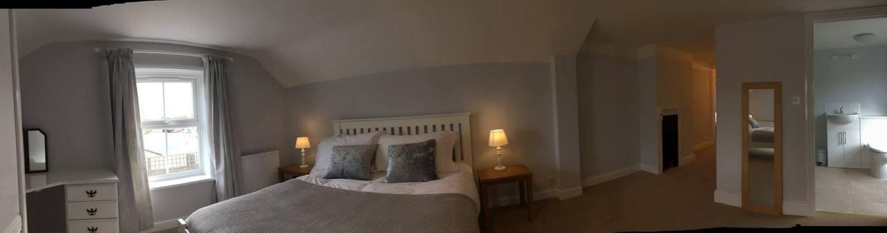 Riverside Cottage Master And En Suite