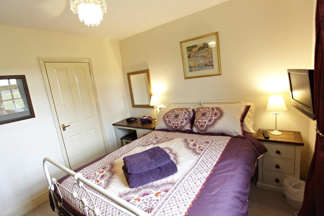 Wayside Bedroom 2V2