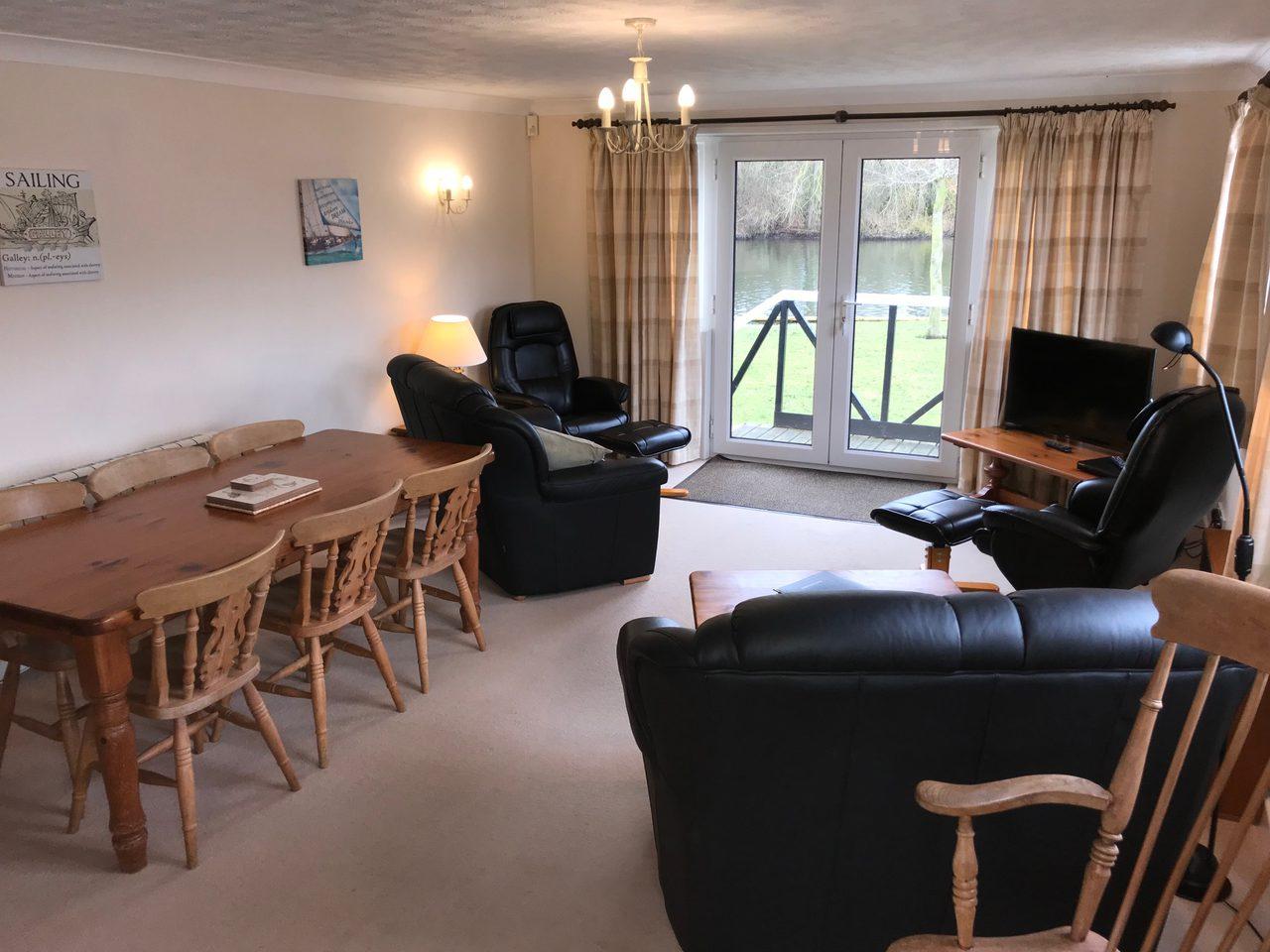 Quayside Lodge Living Area