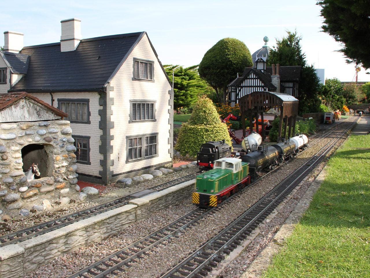 Model Railway D