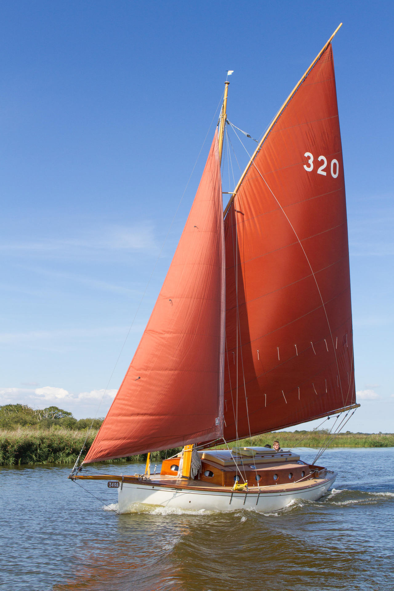 Norfolk Broads Sailing With Olivers