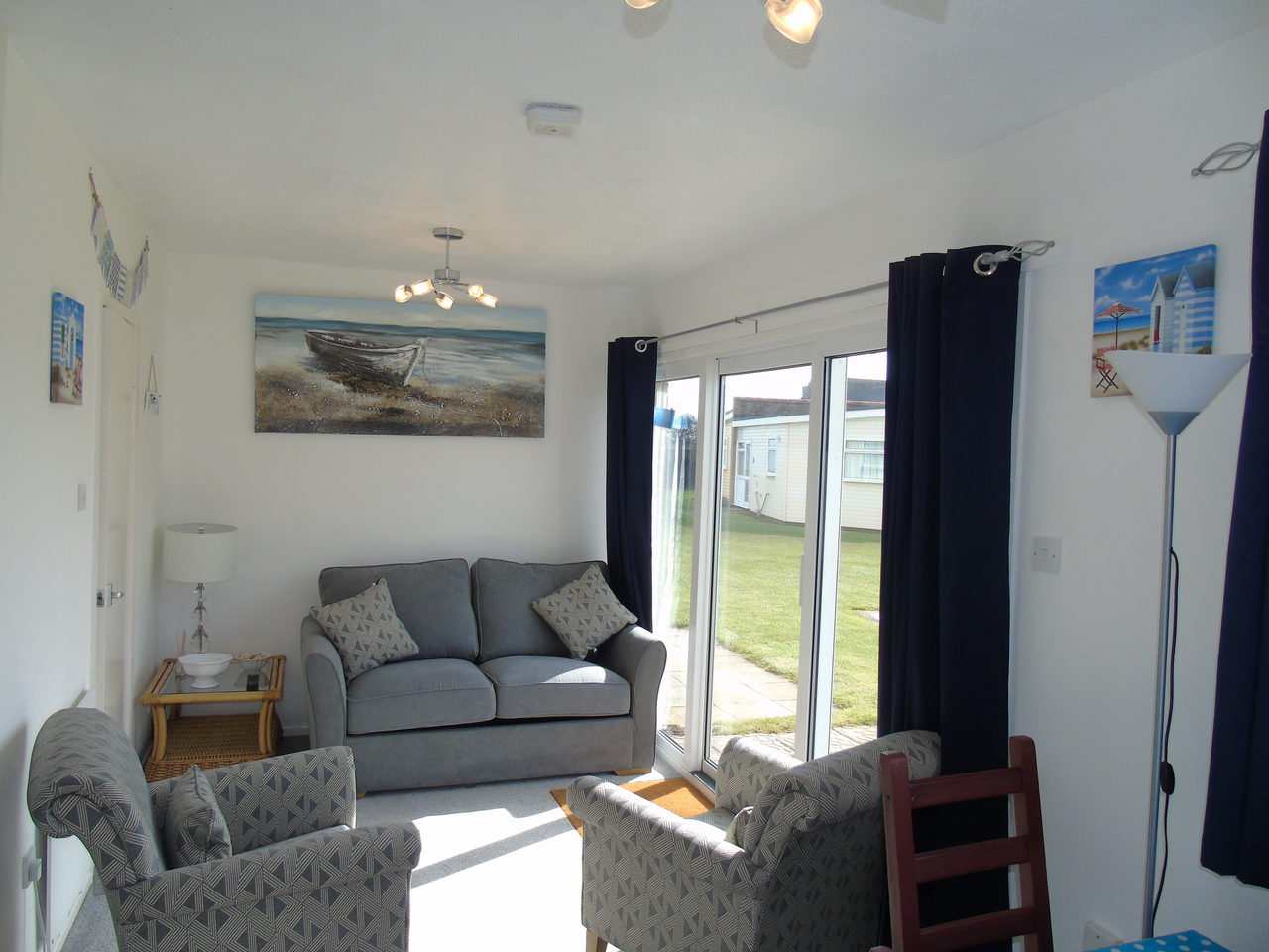 Winterton Valley Chalet Lounge