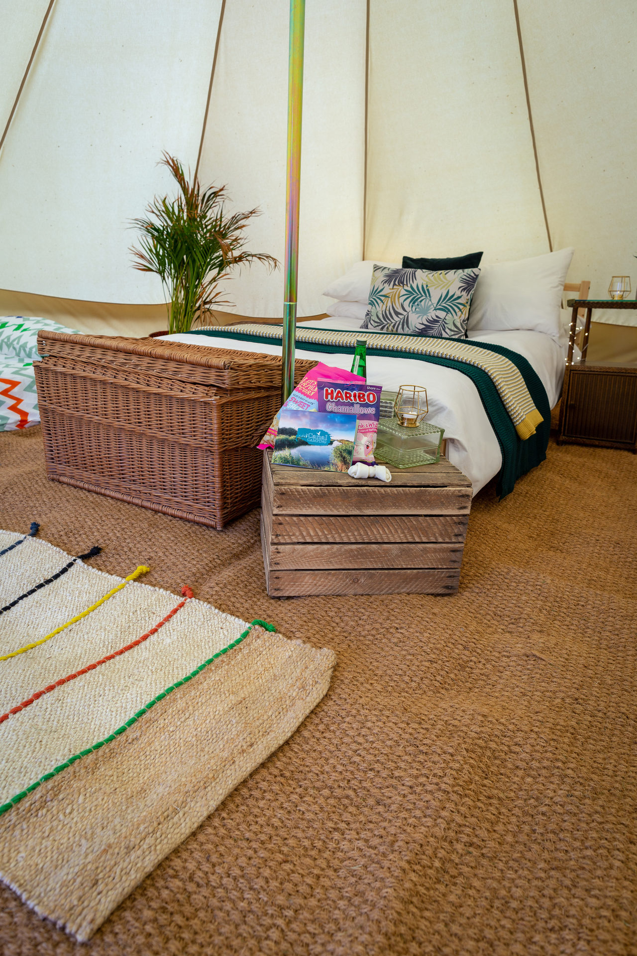 Canal Campsite Bell Tents 4
