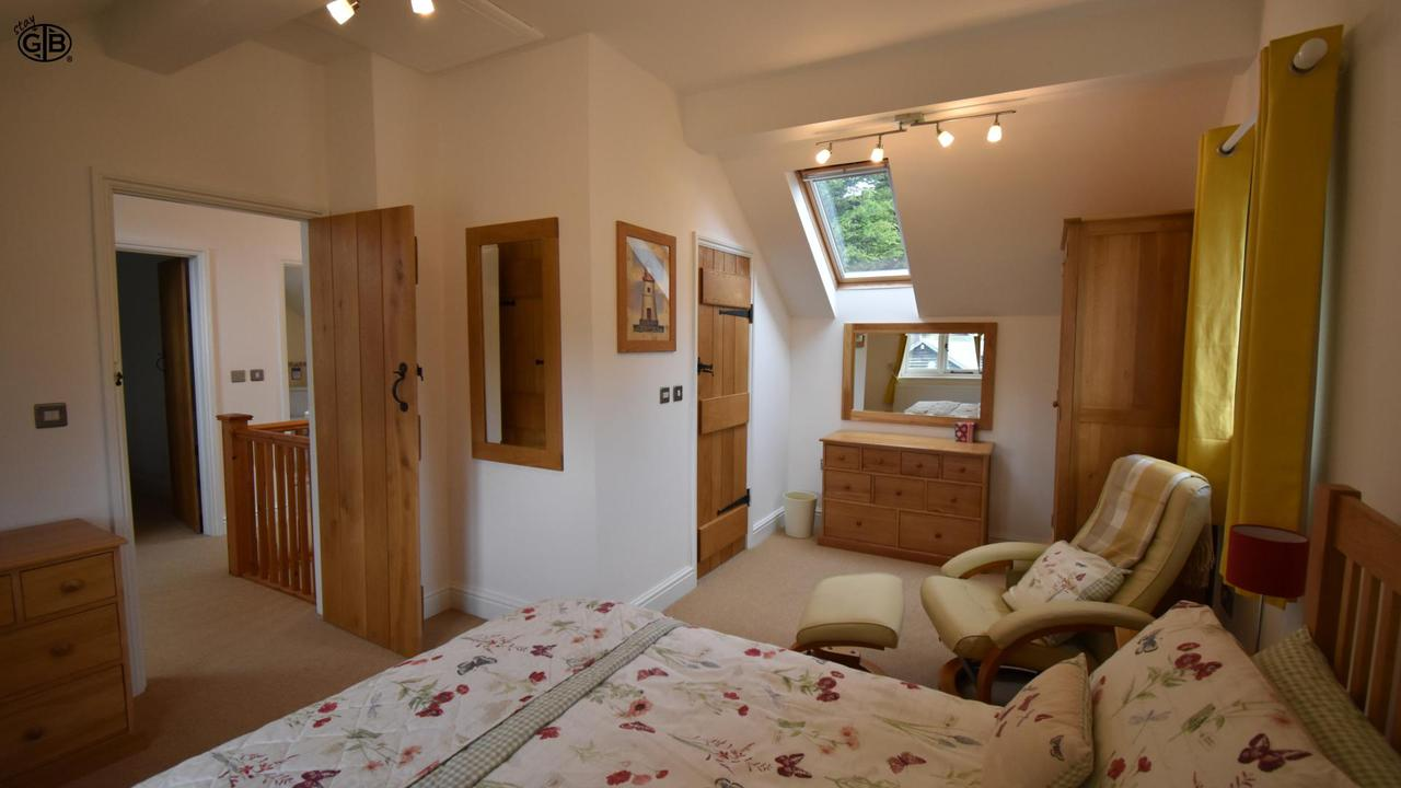 Staygb Boathouse Cottage Bedroom1 2019 D6Ypa Jk