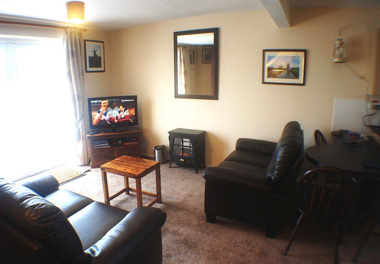 Large Lounge1