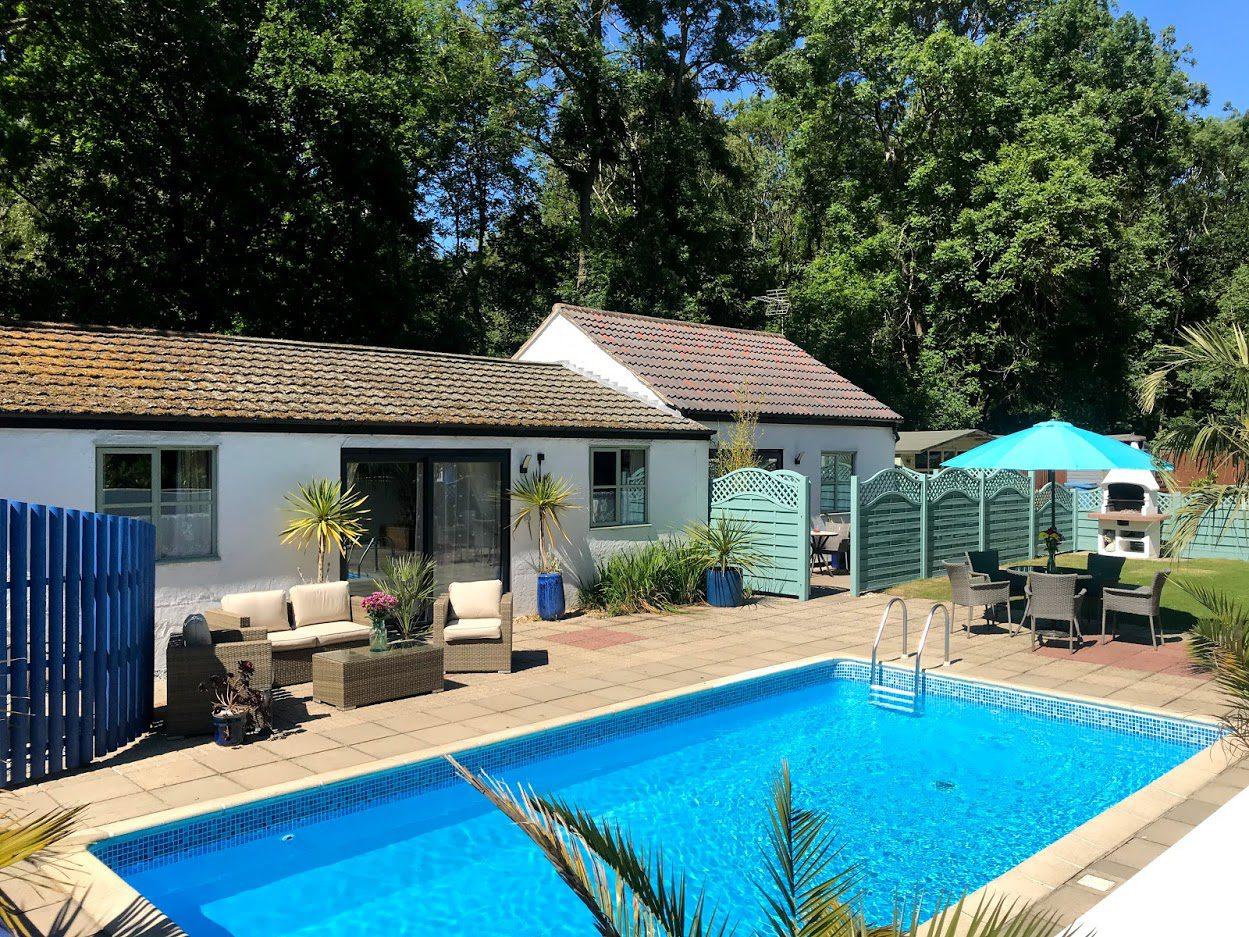 Poolside Lodges